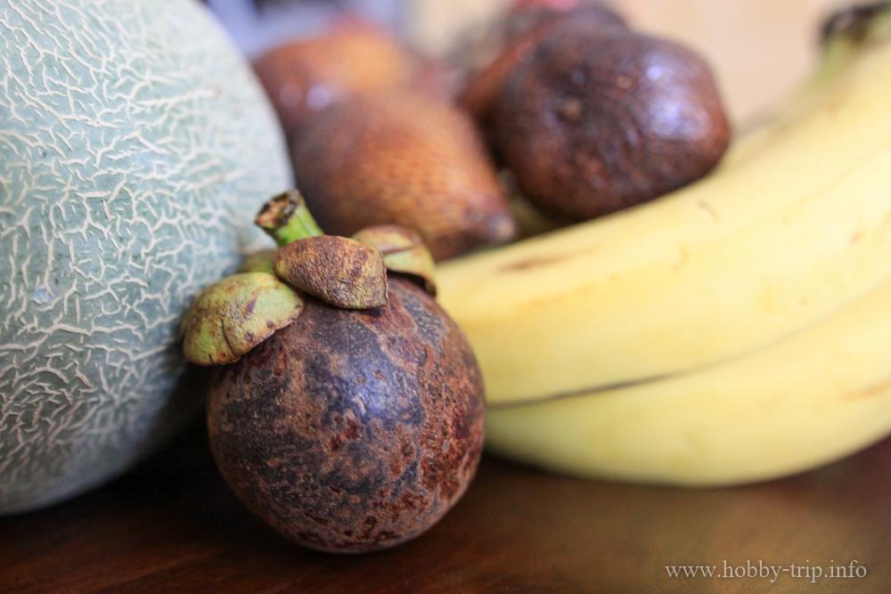 Свежи плодове за закуска 2 - Кута, Бали